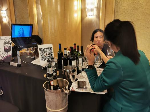 El Gobierno de Castilla-La Mancha impulsa el gran encuentro Wine Live 2021 para promocionar los vinos de la región en cinco grandes mercados de manera simultánea