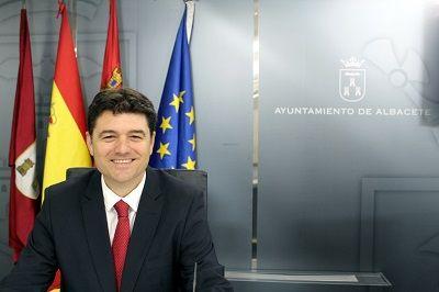 """Francisco Navarro: """"Se confirman las dudas que teníamos desde el principio sobre el nombramiento de la gerente del IMD y el interés del PSOE en llevarlo a cabo"""""""