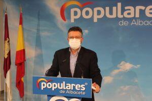 Moreno advierte que Castilla-La Mancha es la última CC.AA de España en porcentaje de vacunas administradas y exige a Page acelerar el ritmo para evitar una cuarta ola de contagios