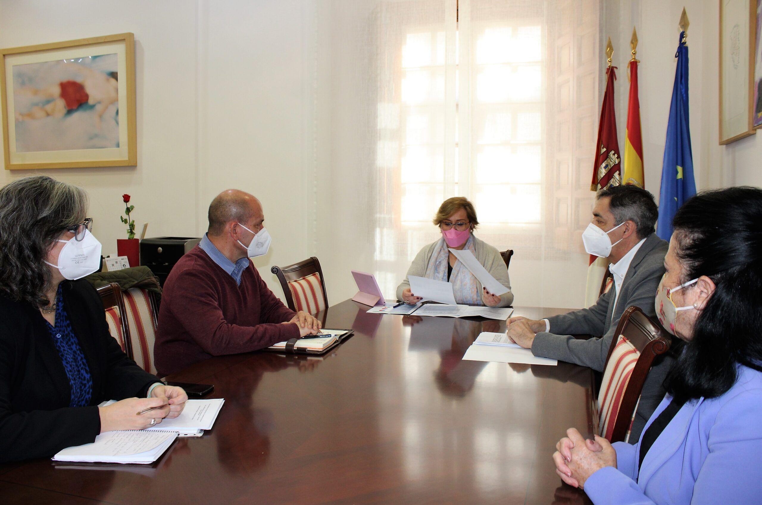El Gobierno regional abrirá en septiembre un comedor que dará servicio a los alumnos de los dos colegios públicos de Villarrubia de los Ojos