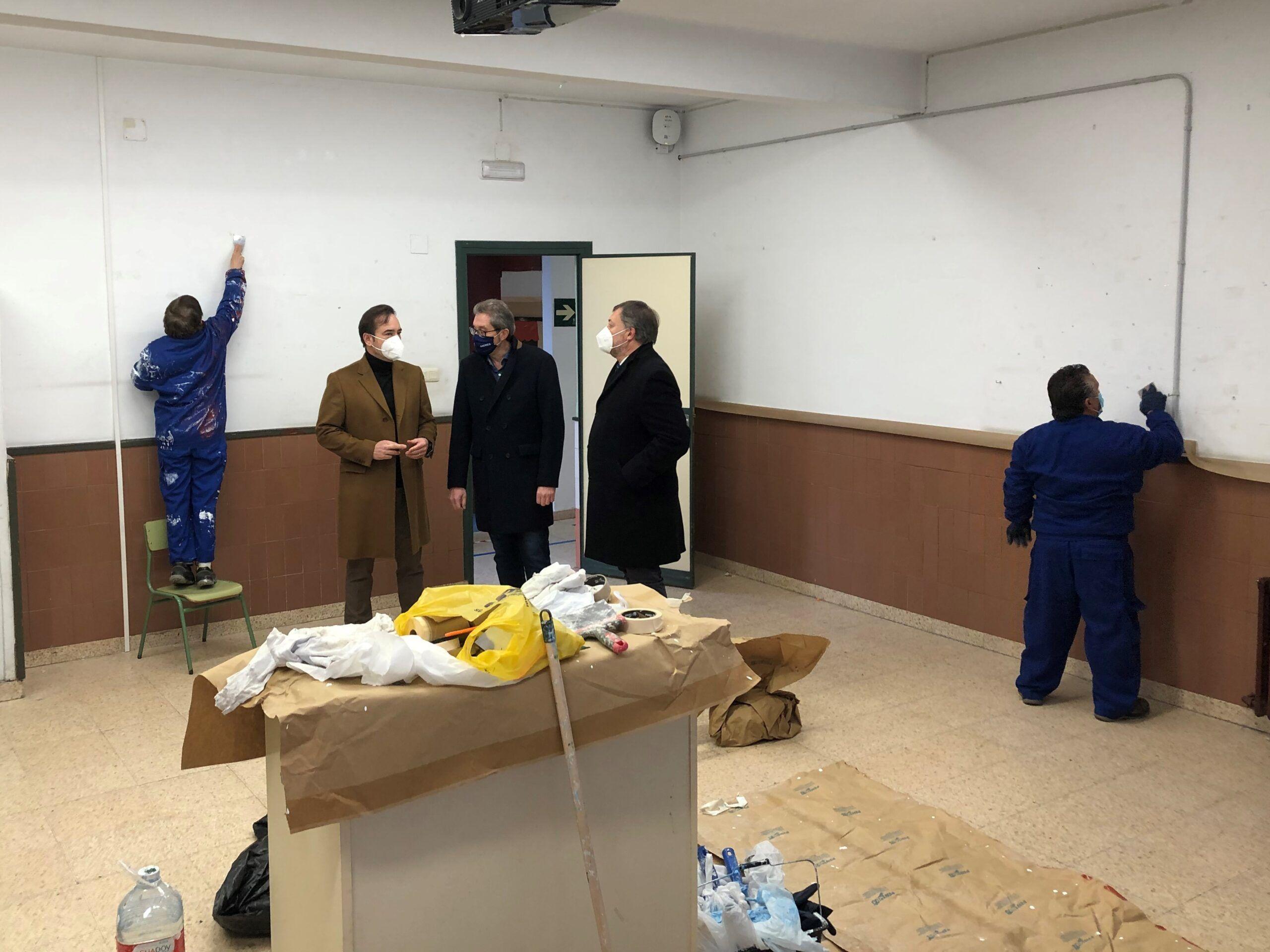 La JGL aprueba las bases de convocatoria del proyecto Recual para operaciones de mantenimiento en los colegios de la capital