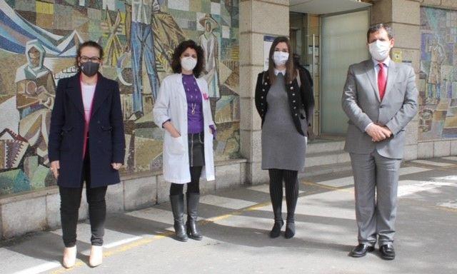 El Gobierno regional subraya que la profesionalidad y empatía de Cristina Romero la convierten en referente de una atención sanitaria humana y de calidad