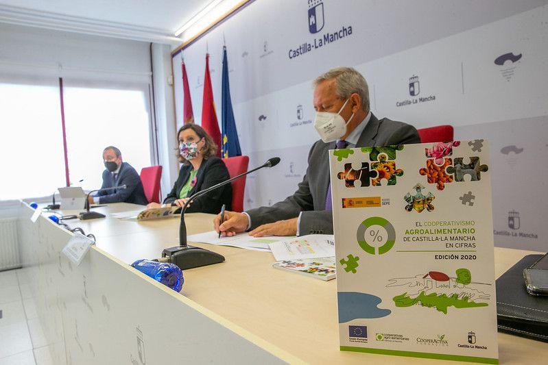 El Gobierno regional incluirá a los sectores del vino y la cerveza en los CNAE beneficiarios de las ayudas por las pérdidas derivadas del COVID