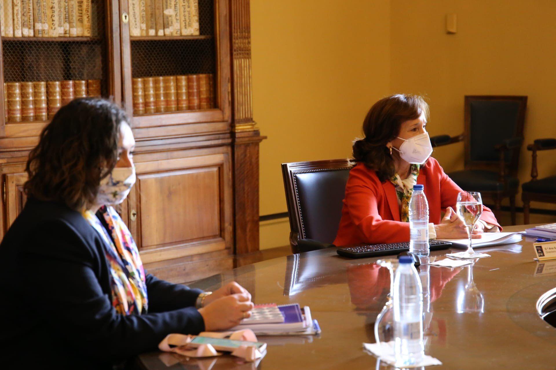 El Gobierno de Castilla-La Mancha felicita públicamente a la nueva presidenta del Real Patronato de la Biblioteca Nacional de España, Elvira Lindo