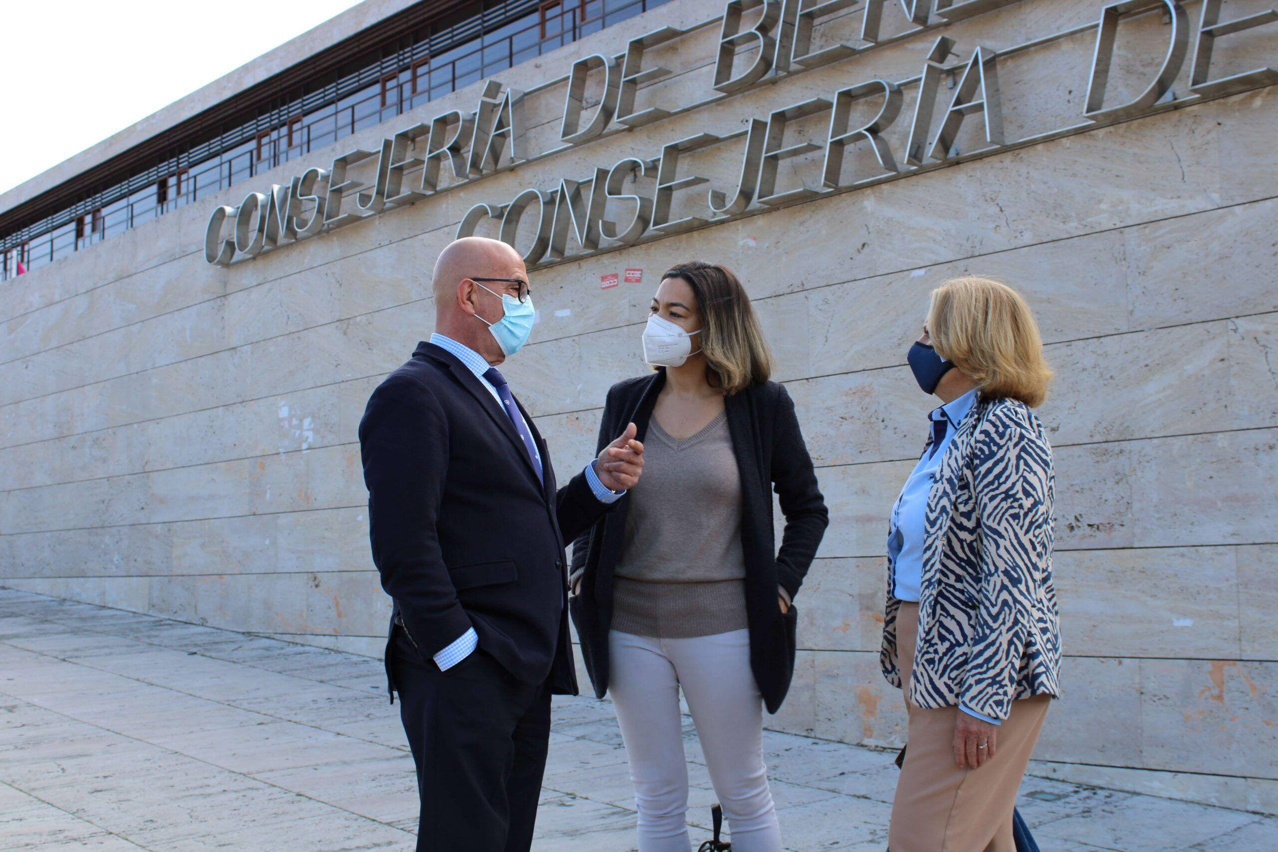 """Bravo recuerda """"la desfachatez y la falta de respeto"""" de Page, con """"el colectivo que más ha sufrido en CLM, que son las personas mayores"""""""