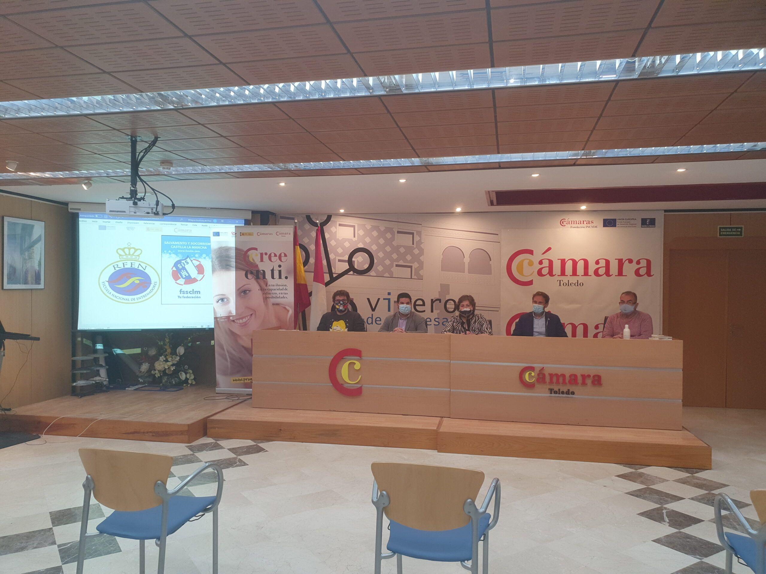Cámara Toledo ofrece formación gratuita de Socorrista y de Monitor de Natación en Talavera de la Reina