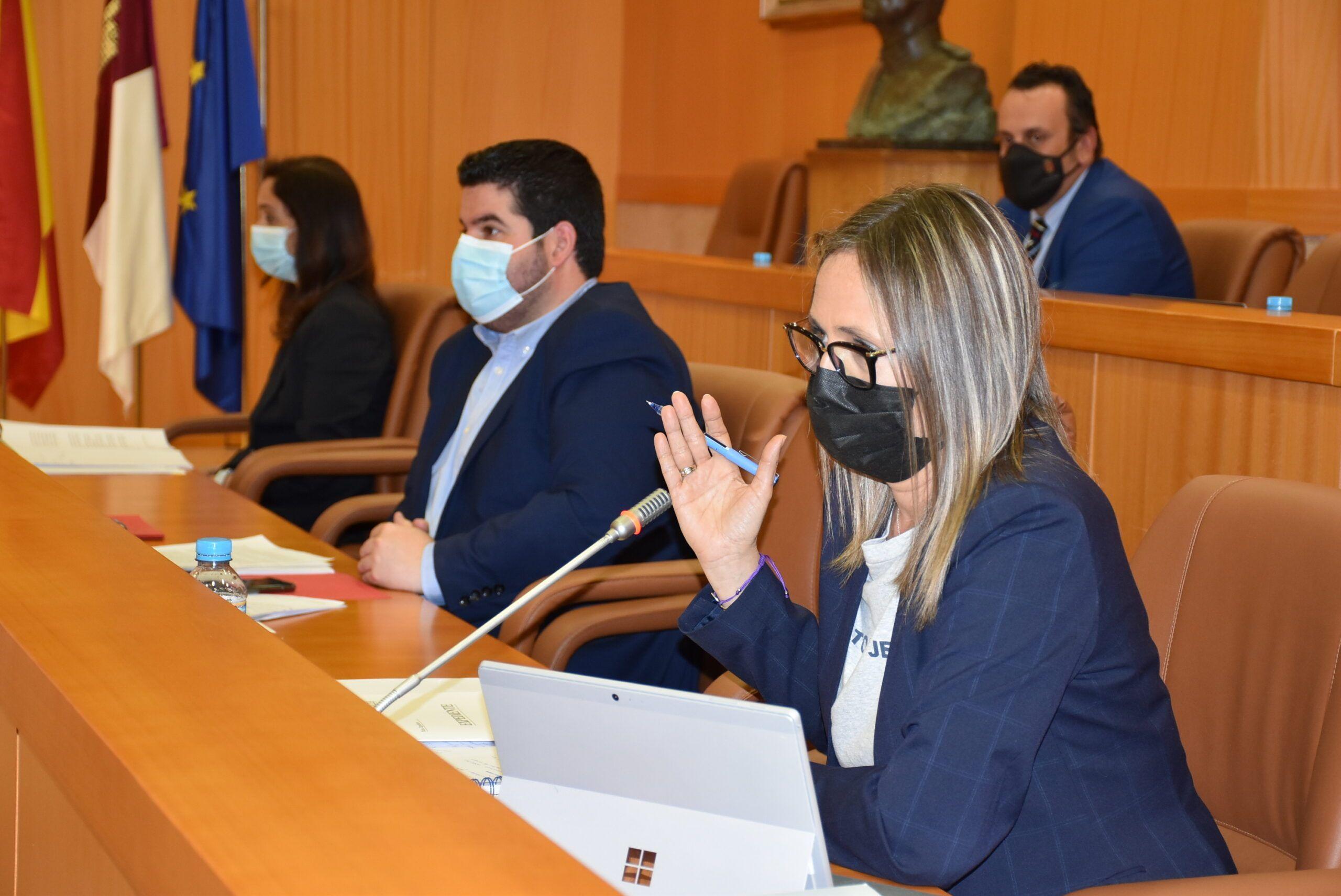 El Pleno municipal apoya la búsqueda de soluciones a las demandas y reivindicaciones de la plataforma de los caminos públicos