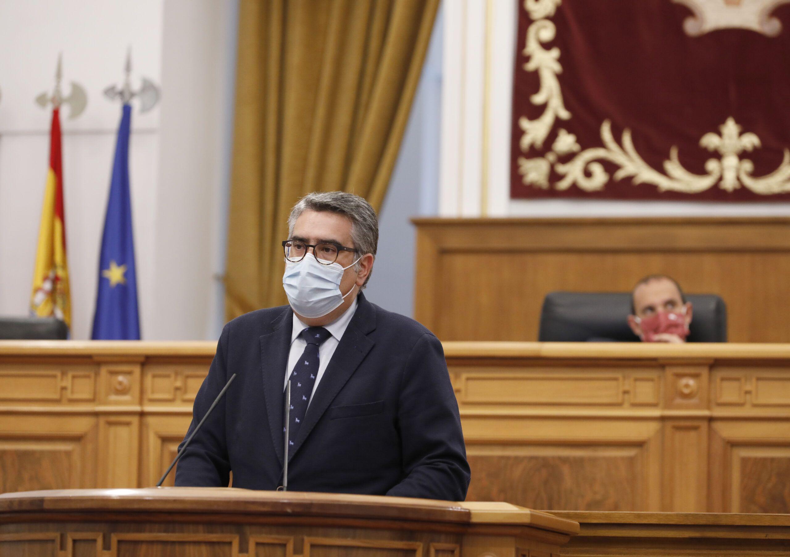 Rodríguez pide a Page y a Sánchez que no aprovechen la pandemia para cargase el servicio de transporte público en Castilla-La Mancha
