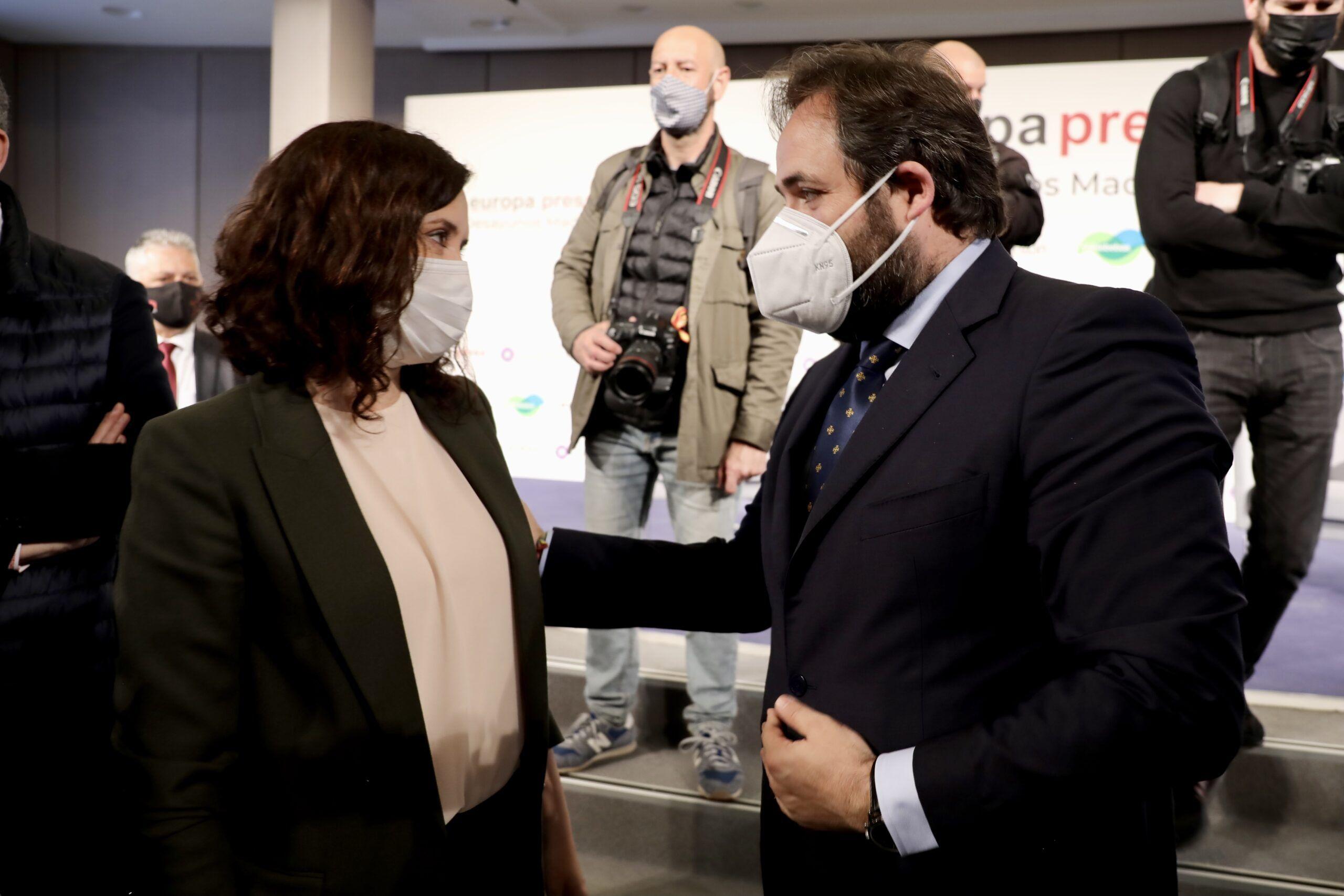 Núñez contrapone el modelo de gestión en libertad y con eficacia de Ayuso en Madrid frente al de la descalificación y la prohibición de Page en Castilla-La Mancha
