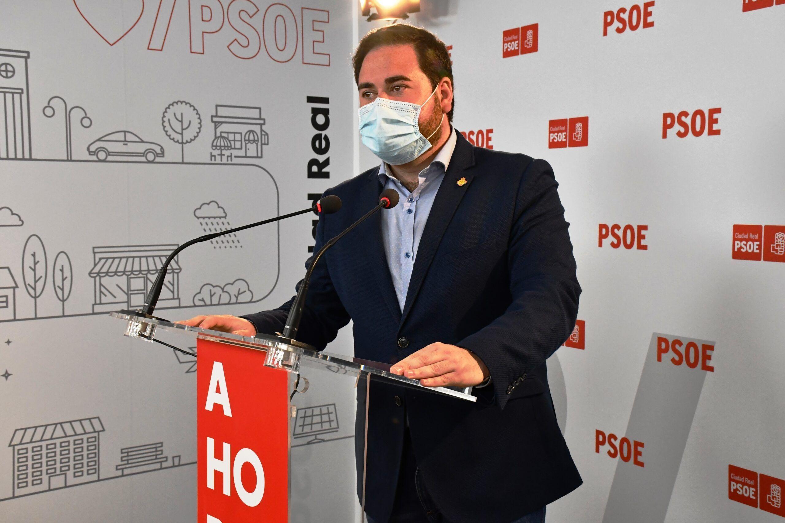 El PSOE celebra la bajada histórica del paro: