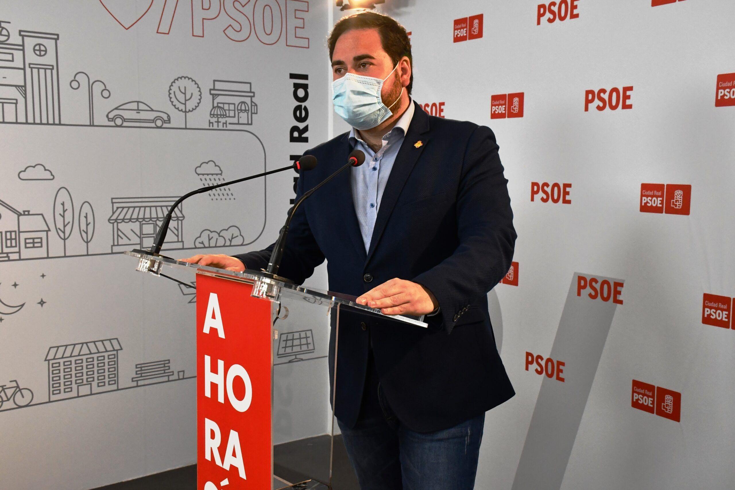 """Pablo Camacho: """"Los dirigentes del PP de C-LM están más centrados en la campaña electoral de Madrid que en el proceso de vacunación regional"""""""