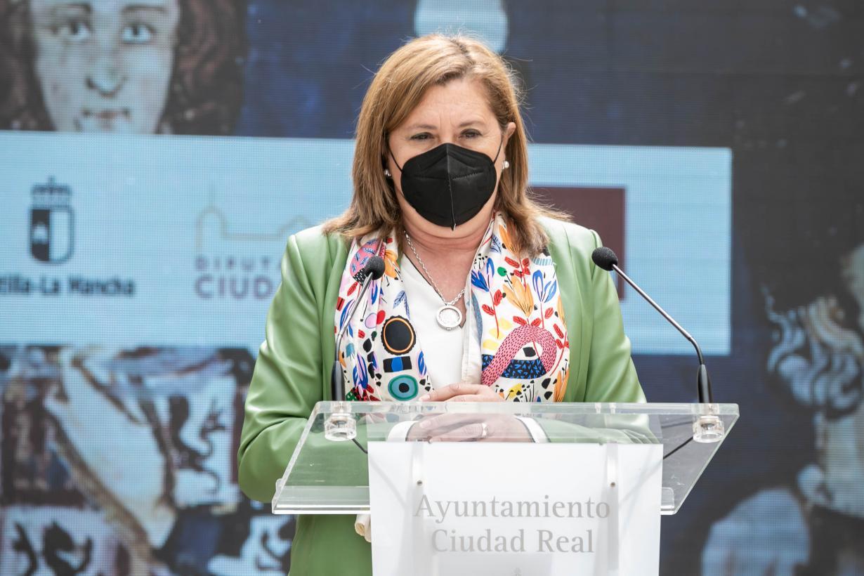 El Gobierno regional destaca la calidad y la proyección educativa de la exposición 'Ciudad Real VI Centenario. Una ciudad en la historia'
