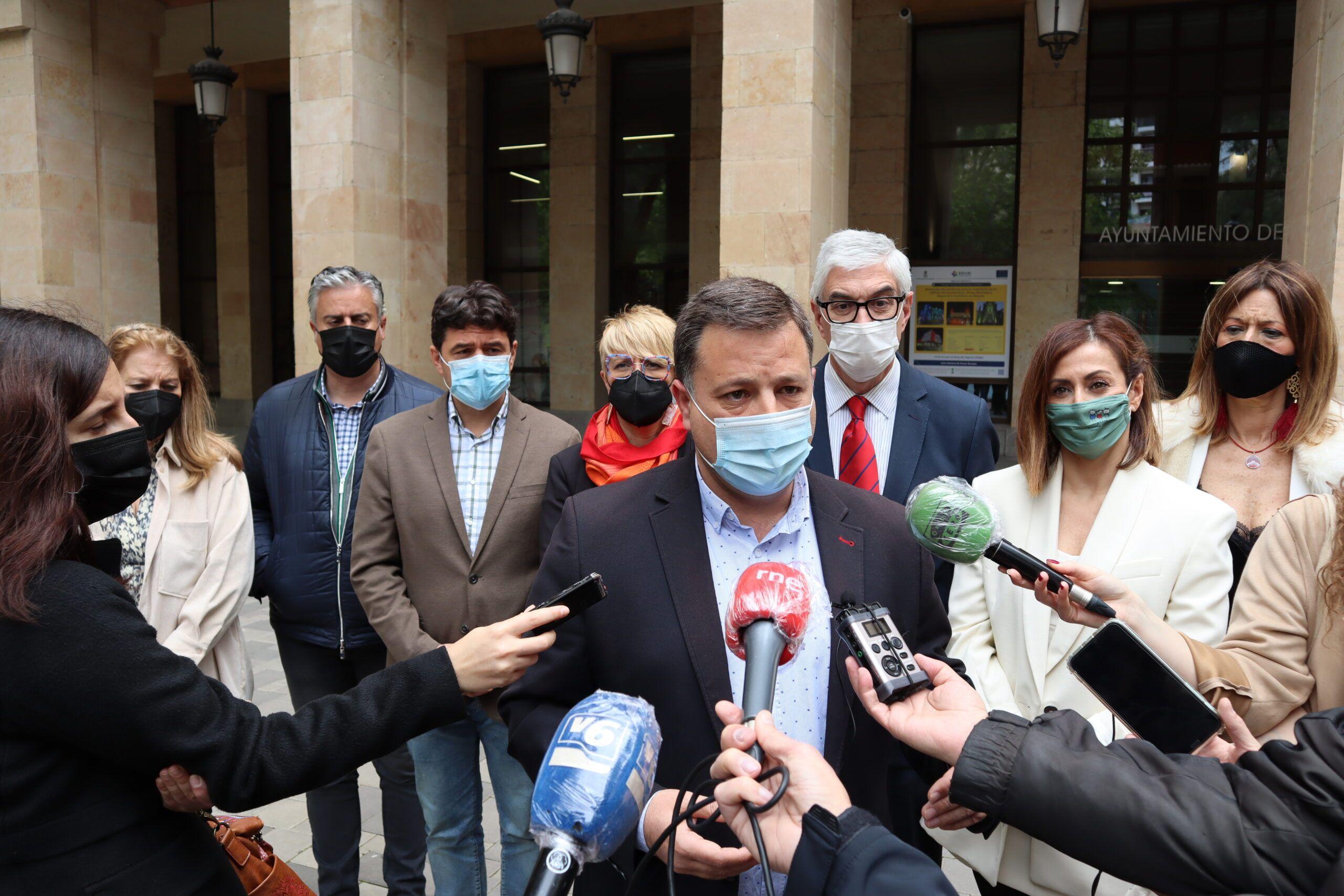 """Serrano afirma que """"al señor Casañ le sobra altanería y le falta altura de miras"""" y lamenta que sea """"la primera vez en más de dos décadas que se expulsa a un concejal de un Pleno, sin motivo, y por desconocimiento del reglamento"""""""