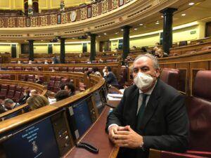 Tirado reclama que las ayudas por el Covid lleguen al sector vitivinícola