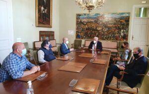 Vega se reúne con los colegios profesionales de Guadalajara