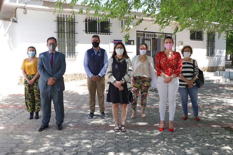 El Gobierno de Castilla-La Mancha ha invertido cerca de un millón de euros en obras, reformas y equipamiento en los centros de Atención Primaria de la Gerencia de Alcázar