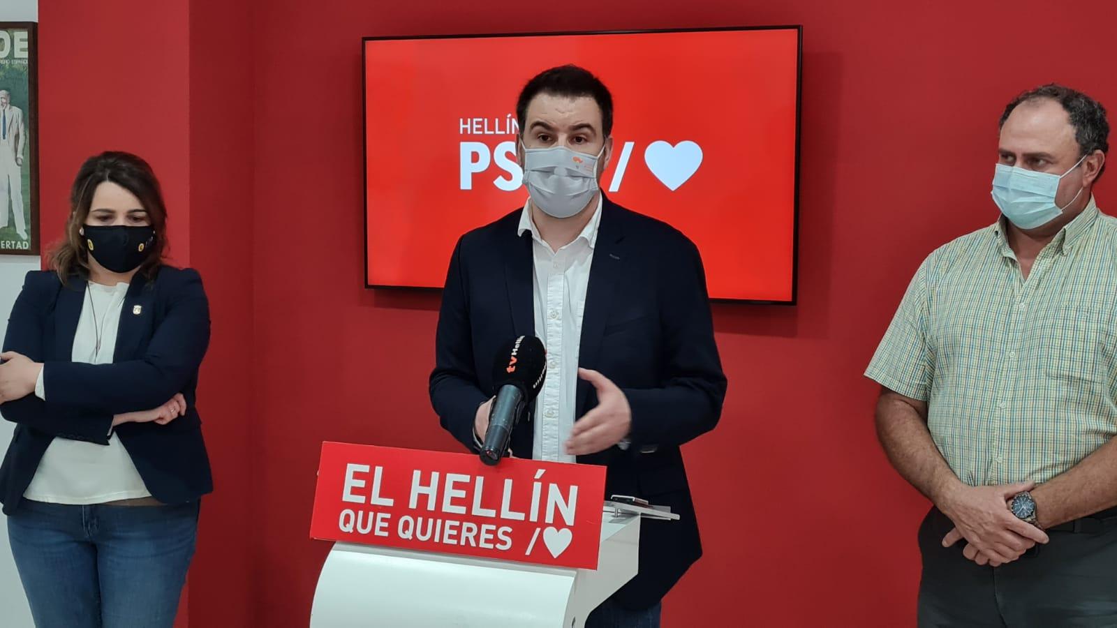 Sánchez subraya el compromiso del PSOE y del Gobierno regional para favorecer el empleo juvenil con más de 5 millones de euros destinados a la contratación de jóvenes titulados