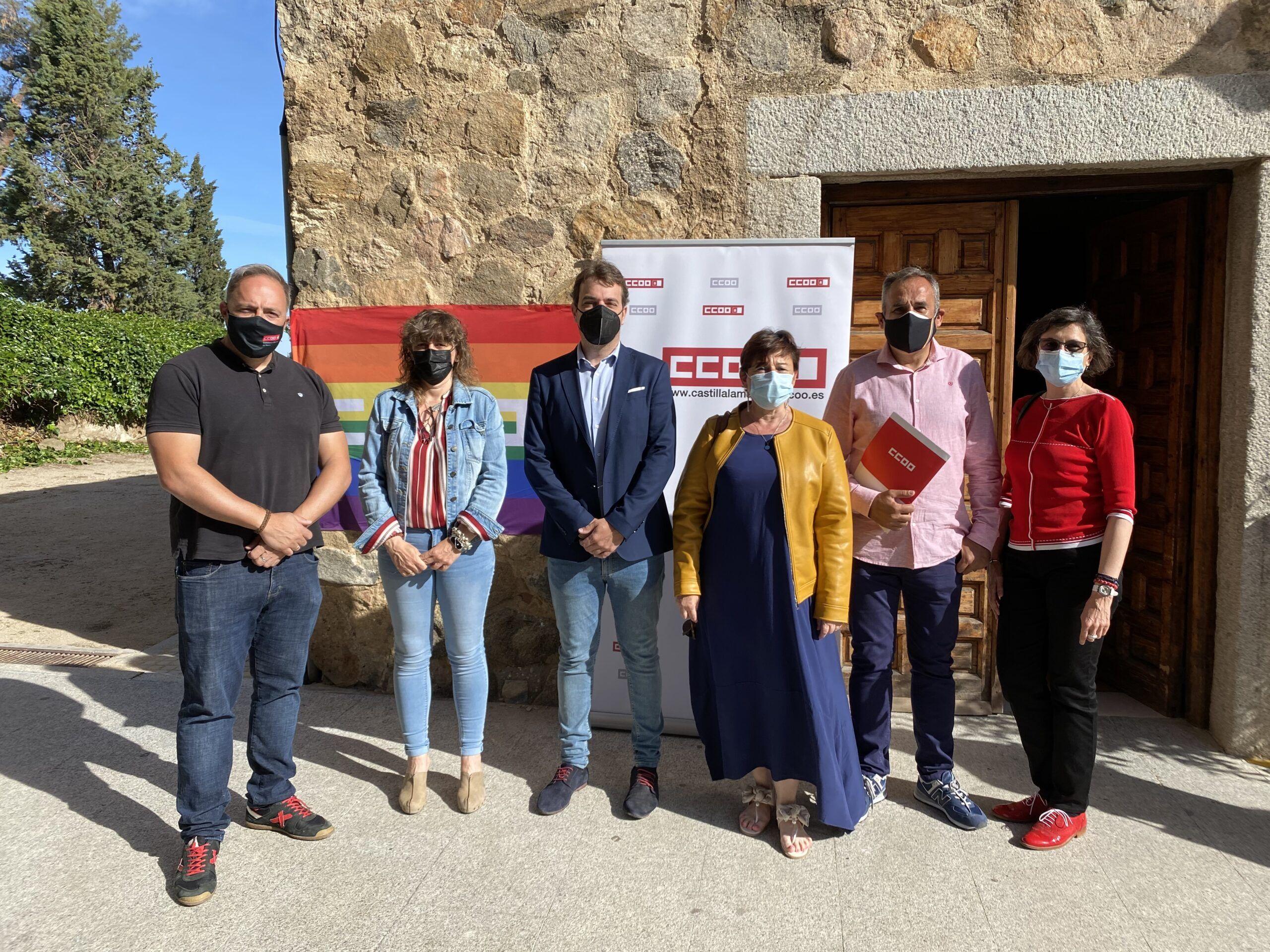 El Gobierno local se suma a la jornada contra la LGTBIfobia de CCOO que busca atajar el acoso del colectivo en los centros laborales