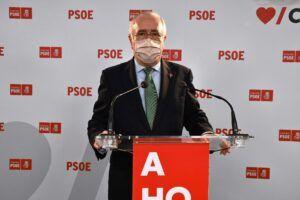 """Francisco Pérez: """"Como saben los alcaldes `populares´, la misma FEMP que utilizan de forma partidista, ya ha establecido un protocolo para fiestas y eventos"""""""