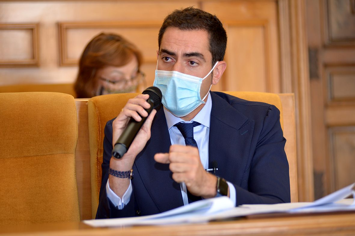 Comendador logra unanimidad para que la Diputación presente un Plan de Subvenciones que garantice transparencia en el reparto del dinero público