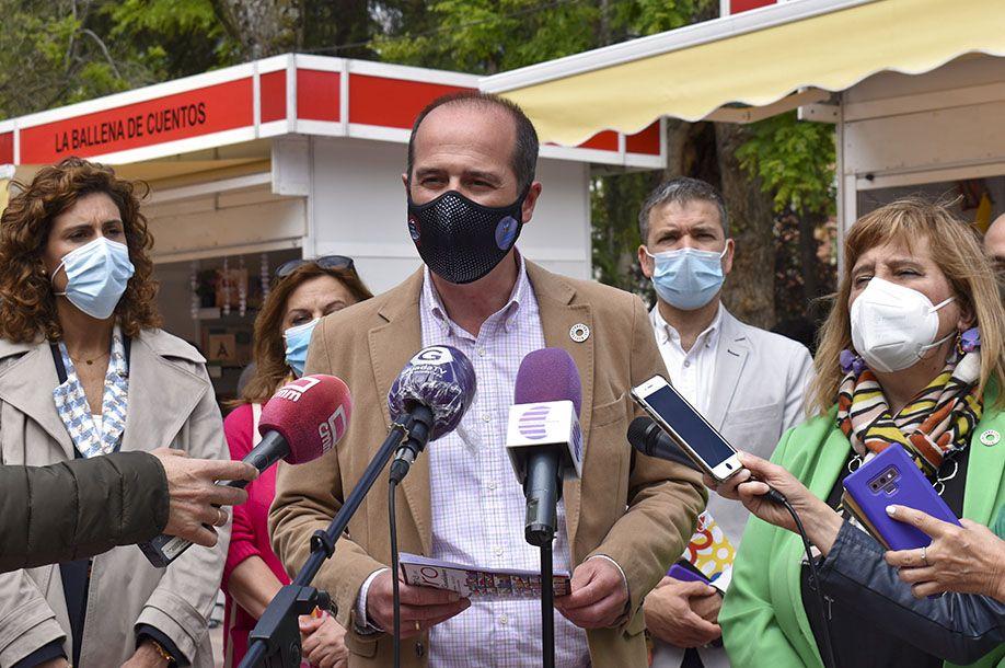 """Alberto Rojo: """"Devolver la Feria del Libro al parque de La Concordia era una reivindicaciónque este Gobierno no dudó en atender"""""""