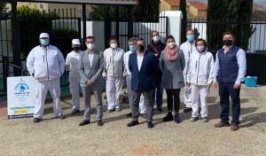 Fernando Muñoz reconoce el excelente trabajo del RECUAL de El Viso de San Juan para embellecer el municipio