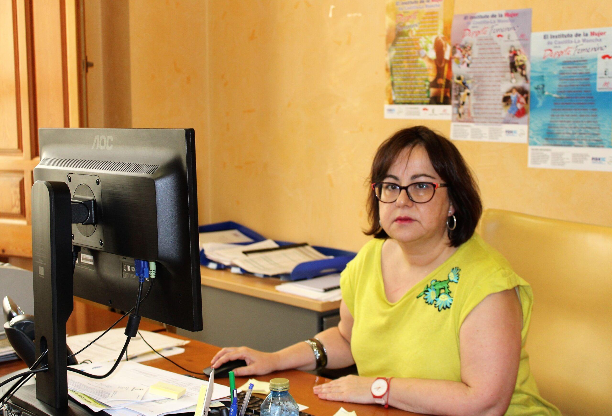 El Instituto de la Mujer insta a asociaciones, ayuntamientos y empresas a solicitaEl Instituto de la Mujer insta a asociaciones, ayuntamientos y empresas a solicitar las ayudas convocadas por el Gobierno de Castilla-La Manchar las ayudas convocadas por el Gobierno de Castilla-La Mancha