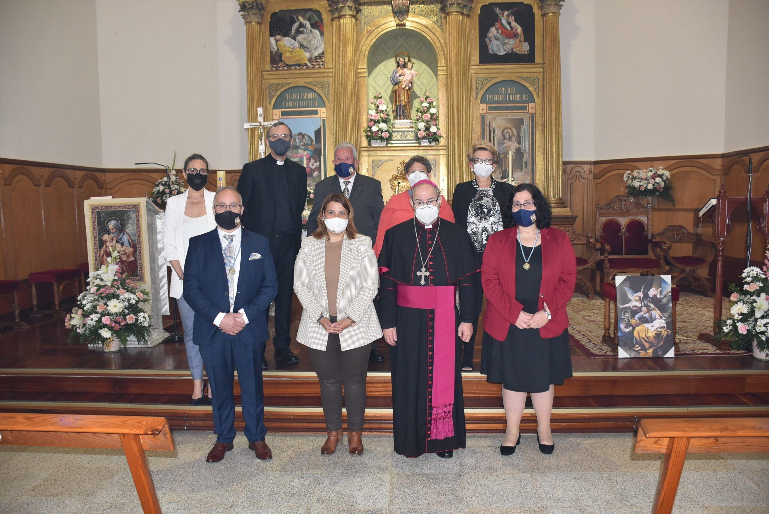 La alcaldesa de Talavera asiste en el barrio de Patrocinio a la misa en honor a San José presidida por el Arzobispo de Toledo