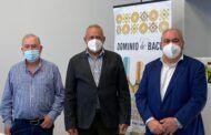 Tirado se reúne con Ángel Villafranca para hablar del vino y la ley de cadena alimentaria