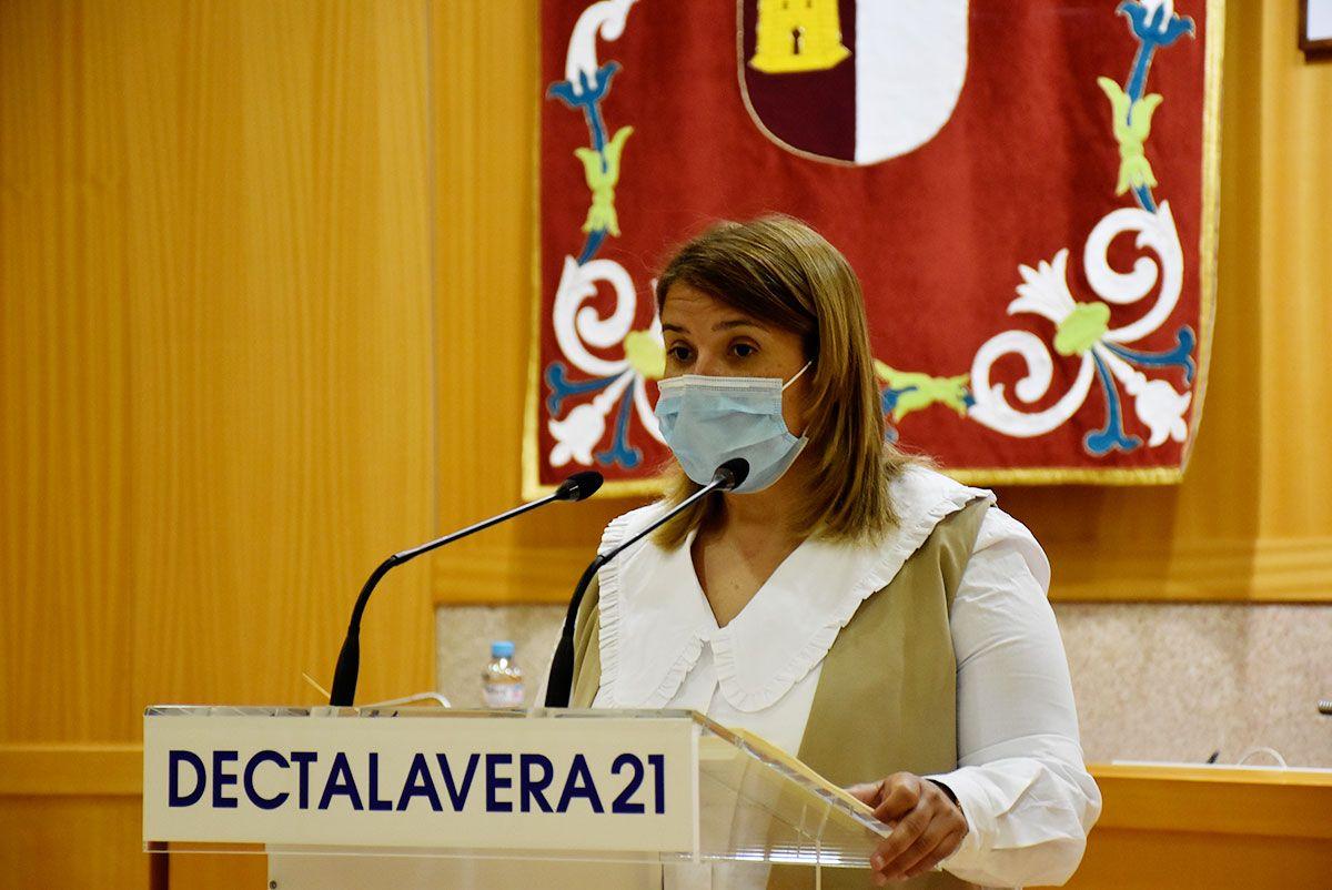 La alcaldesa anuncia que en breve se pondrá en marcha la remodelación de parques infantiles de Talavera de la Reina