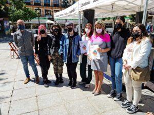 La alcaldesa destaca el valor cultural de la XVI Feria del Libro gracias al colectivo de libreros, editores y escritores toledanos