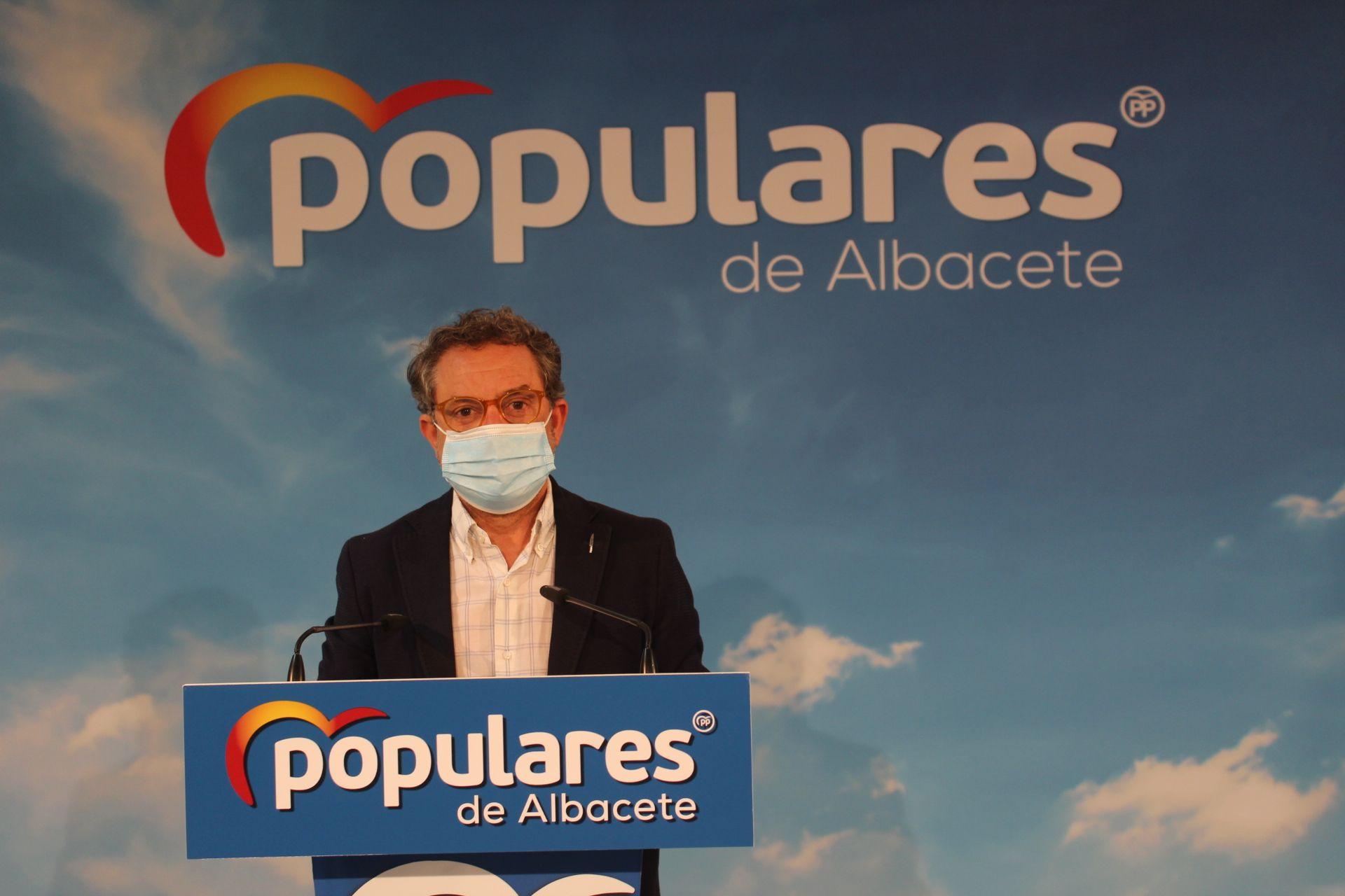 Antonio Martínez exige a García-Page que rechace el sablazo fiscal con el que el PSOE quiere castigar a los profesionales autónomos
