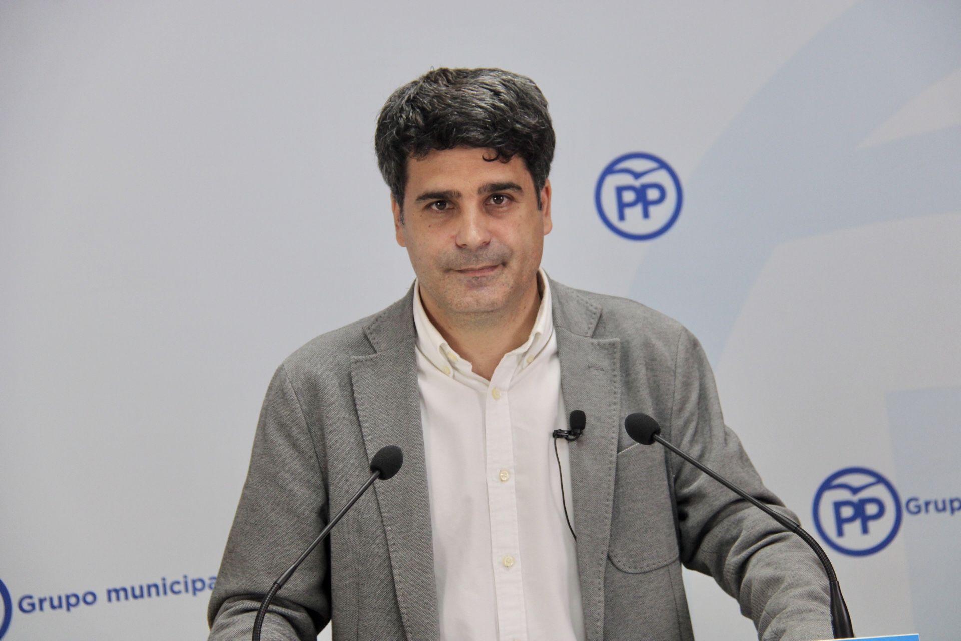 El PP acusa a Tolón de ocultar los problemas con el contrato de basuras y solicita que explique en Comisión las dudas planteadas por los técnicos