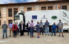 El Gobierno regional contribuye a la sostenibilidad urbana de la Campiña Baja con la puesta en servicio de un camión de recogida de residuos sólidos