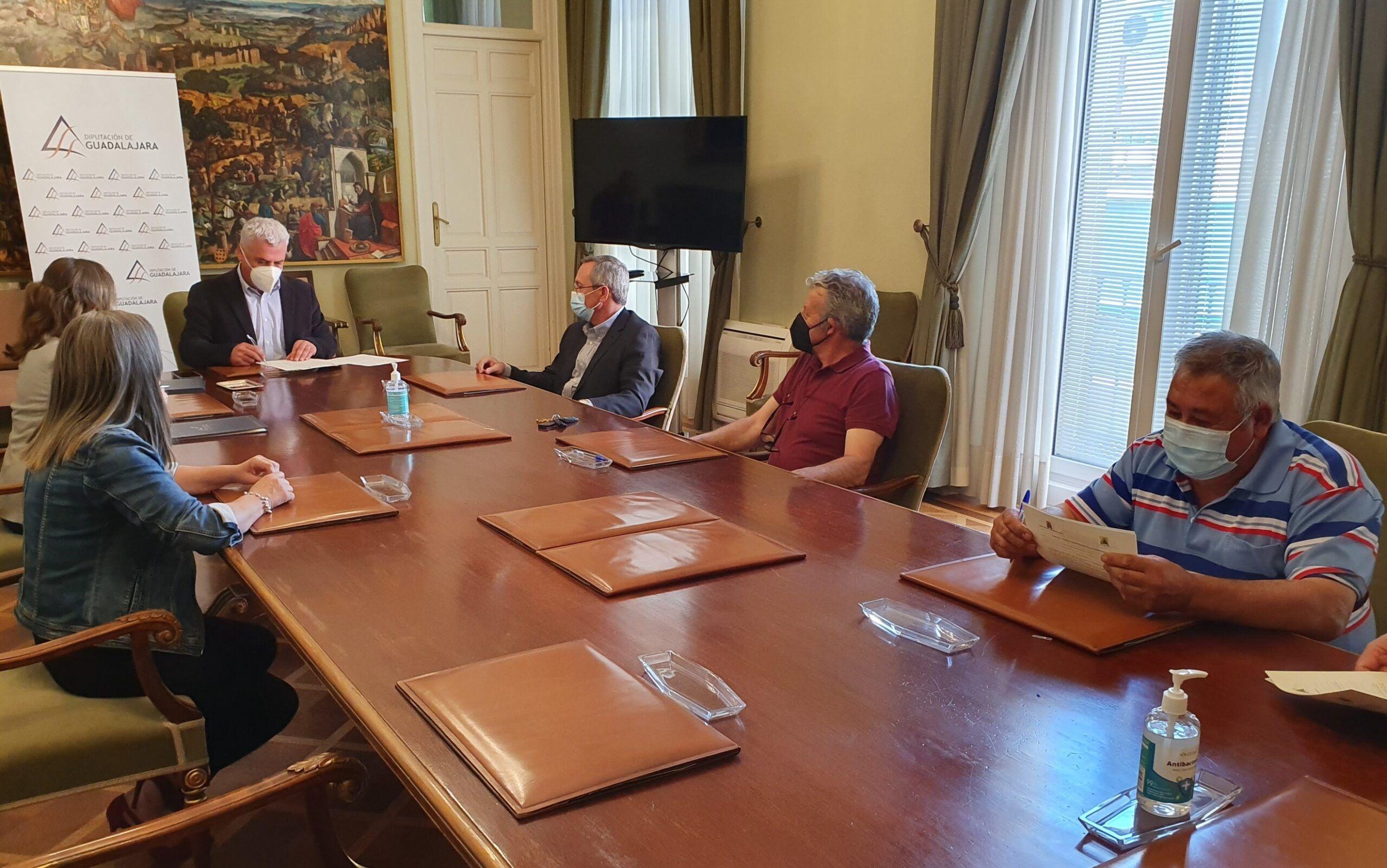 La Diputación destina 40.000 € a convenios a promocionar alimentos emblemáticos de Guadalajara