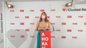 """Cristina López: """"el gobierno del PSOE baja el IVA de la factura de la luz del 21 al 10% teniendo claro que es una medida necesaria y urgente y protegiendo así a familias autónomos y PYMES"""""""
