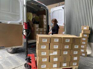 El Gobierno de Castilla-La Mancha ha distribuido esta semana más de 210.000 artículos de protección a los centros sanitarios