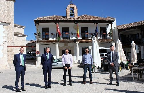 Eurocaja Rural colabora con ARACOVE poniendo a su disposición 10 millones de euros para el desarrollo rural y la creación y ampliación de empresas en el sureste de la comunidad de Madrid