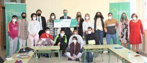 Fundación Eurocaja Rural contribuye a la inserción laboral de ASPRODIQ con 7.000 euros