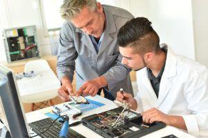 Los proyectos de Formación Profesional Dual presentados por centros educativos de Ciudad Real aumentan un 20% respecto al curso 2020/21