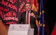 García-Page anuncia la aprobación de una nueva Oferta Pública de Empleo para el próximo curso escolar de 1.175 plazas
