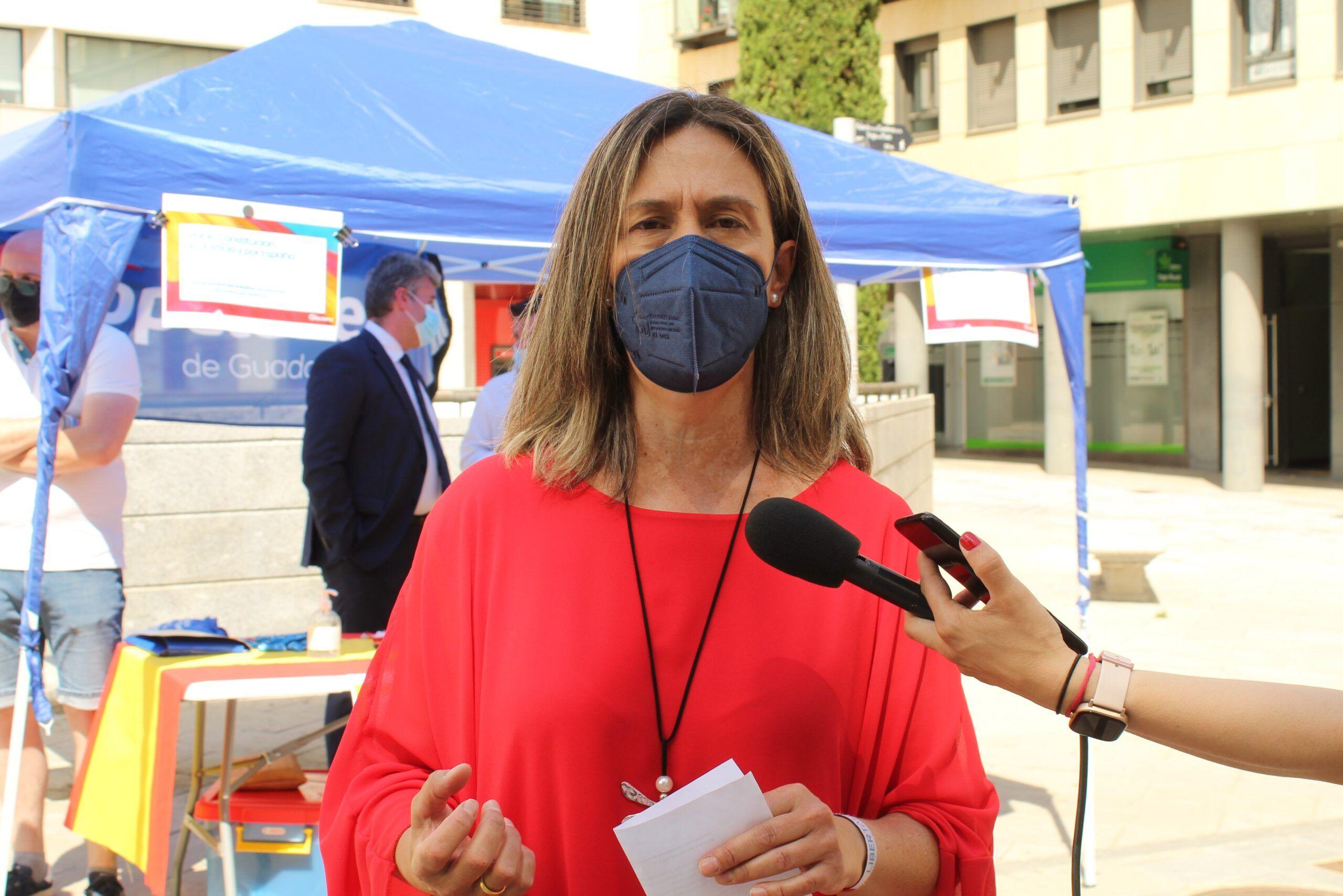 Guarinos reclama al PSOE de Sánchez y de Page