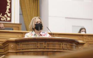 Guerrero pregunta al PSOE qué le pasa con el sector de la imagen personal tras conocerse que el Gobierno de Sánchez vetará la bajada del IVA