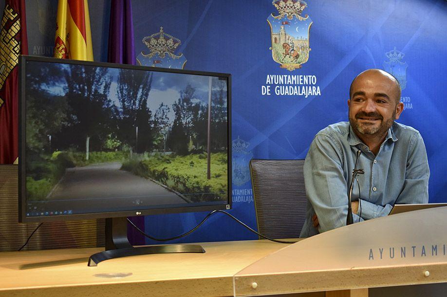 El Ayuntamiento está invirtiendo 370.500 euros en la mejora del sistema de alumbrado de la ciudad eliminando puntos negros y mejorando la seguridad