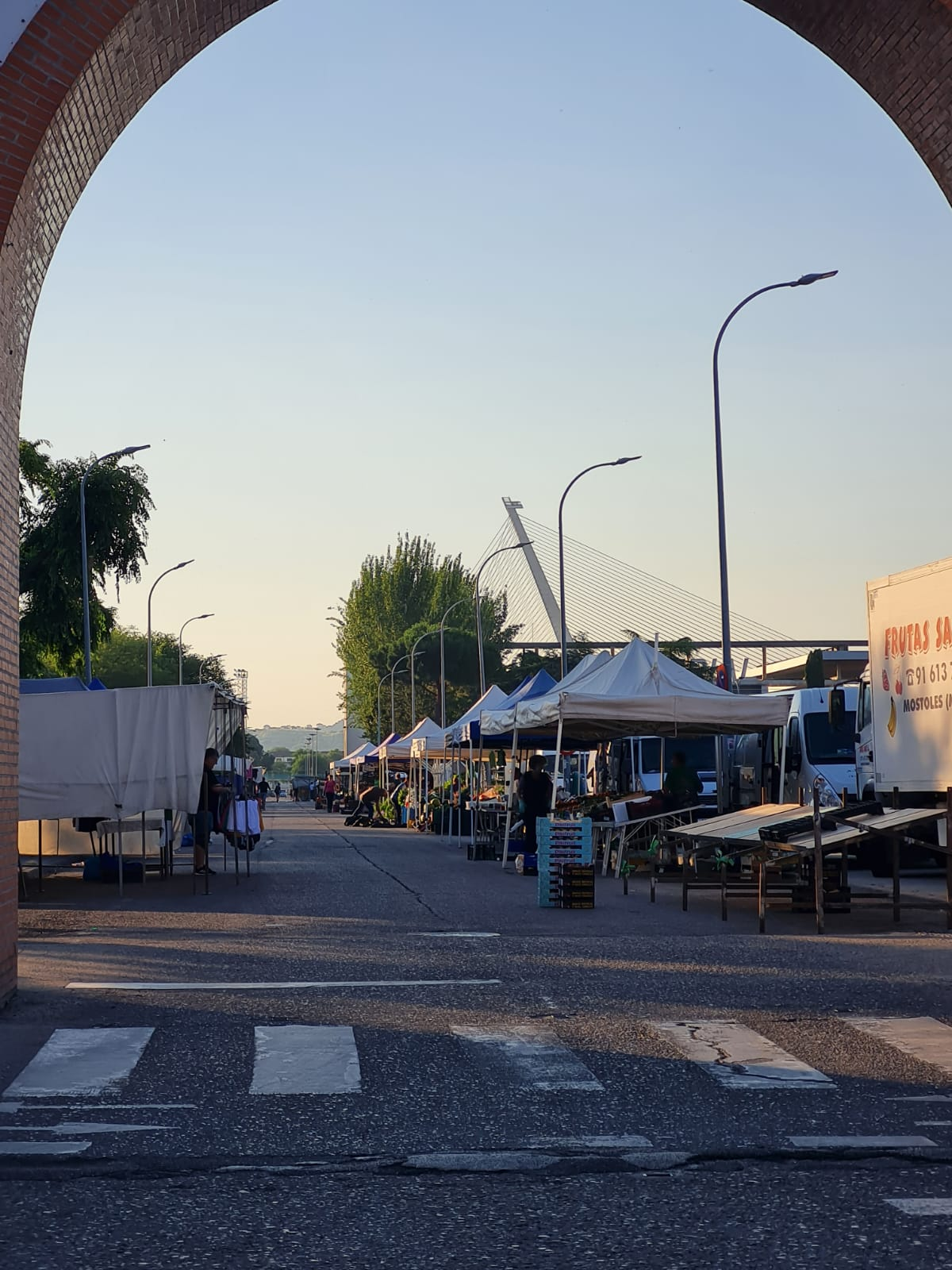 Apuesta decidida del Gobierno de Talavera por la reactivación del sector de la venta ambulante llegando al 100% de la ocupación en el mercadillo