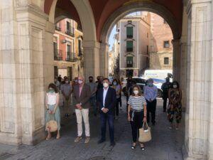 El Ayuntamiento de Cuenca mantiene un minuto de silencio en repulsa a la violencia de género