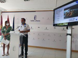 El Gobierno de Castilla-La Mancha promocionará la región a través de la Trainera Donostiarra en San Sebastián y la Cornisa Cantábrica durante los próximos meses