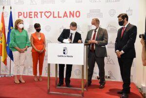 El Gobierno de Castilla-La Mancha y la UCLM firman un protocolo por el cual el Área Sanitaria de Puertollano recupera la formación de estudiantes en Ciencias de la Salud