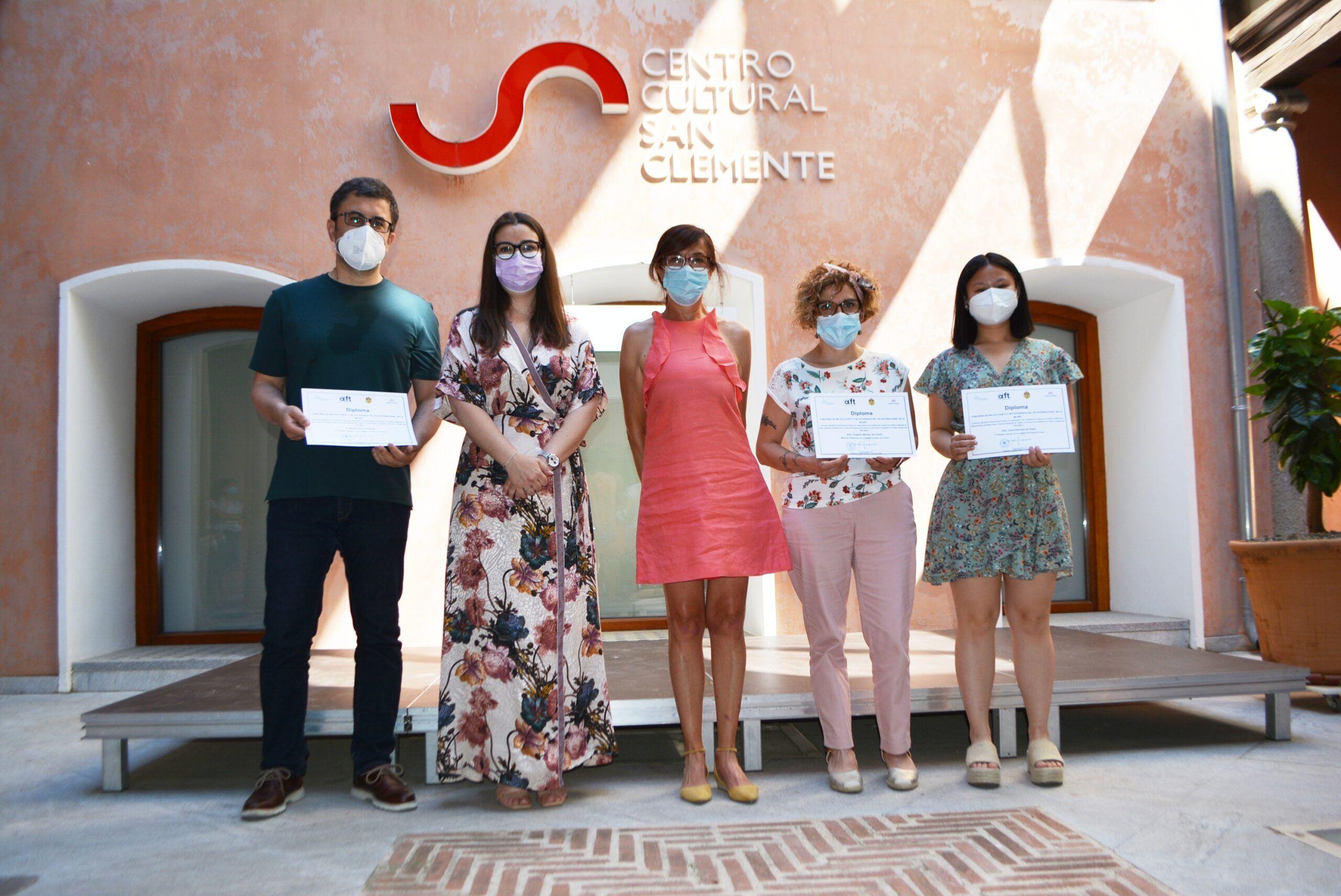 Ana Gómez entrega los premios de los certámenes convocados por el Día Internacional de la Mujer 2021