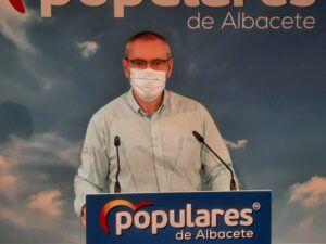 Aroca valora el plan de Paco Núñez para fomentar la natalidad en Castilla-La Mancha, con incremento de ayudas económicas en los pueblos afectados por la despoblación